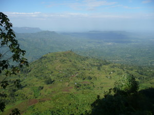 The first villages at the foot of Mount Elgon.
